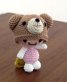 FREE Amigurumi Girl with Bear Hat Crochet Pattern and Tutorial + many other cute free ami patterns