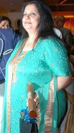 Beautiful Girl Quotes, Beautiful Girl Photo, Beautiful Girl Indian, Most Beautiful Indian Actress, Beautiful Women Over 40, Beautiful Muslim Women, Fat Girl Fashion, Curvy Women Fashion, Beauty Full Girl