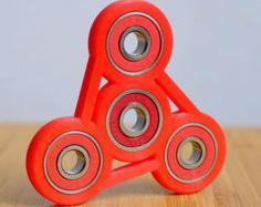 Negro y azul Tri-Spinner Fidget Spinner por FidgetRevolution