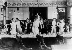 Texas Harvey Girls 1901