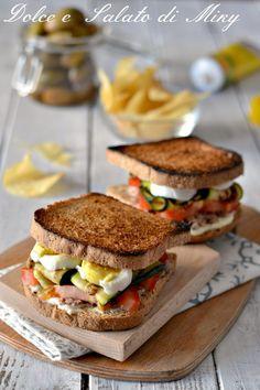 Sandwich con tonno e uova