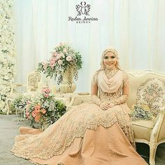 muslimweddingideasGorgeous! Love this wedding dress by @radenannisabrides from Indonesia ♥♥♥