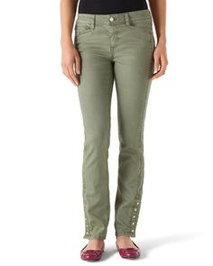 Pistachio jeans... so cute on, planning to wear all Fall. Also love the shoes.