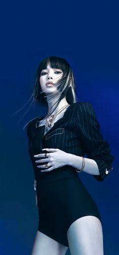 Luna Fashion, Blackpink Fashion, South Korean Girls, Korean Girl Groups, Morgan Clothes, Lisa Blackpink Wallpaper, Uzzlang Girl, Blackpink Lisa, Mona Lisa