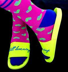 Slide Sandals, Socks, Sneakers, Fashion, Sandals, Tennis, Moda, Slippers, Fashion Styles