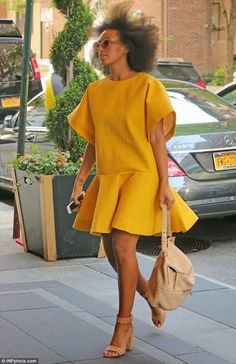 divaparrots: SOLANGE KNOWLES STEPS OUT IN DRAMATIC STYLES