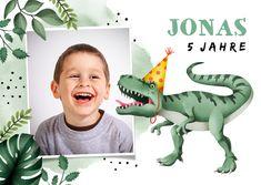 Einladung zum Kindergeburtstag mit Foto und Dinosaurier - Kindergeburtstag #einladung #einladungen #kindergeburtstag #dino #dinoparty #einladungskarten #einladungskarte #geburtstagseinladung #kaartje2go T Rex, Dinosaur Stuffed Animal, Birthday, Animals, Alter, Products, Graphics, Invitations Kids, Invitation Birthday