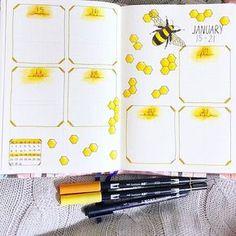 Buzz buzz! . . #bujoweeklyspread #bujo #bulletjournal #plannerpeace #weeklyspread #bees #honeycomb #tombowmonodrawingpens #tombowdualbrushpens #tombow #leuchtturm1917