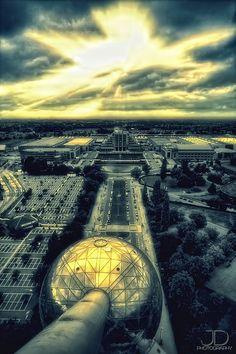 Sunset, The Atomium, Brussels, Belgium