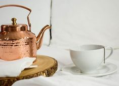 Whether it's a piping hot cup of English Breakfast tea in the morning or a calming cup of chamomile before bed tea serves us well no matter the time of day. Follow the #LinkInBio for the best tea-drinking routine for healthy sleep. #NationalHotTeaMonth #SleepTips - Architecture and Home Decor - Bedroom - Bathroom - Kitchen And Living Room Interior Design Decorating Ideas - #architecture #design #interiordesign #diy #homedesign #architect #architectural #homedecor #realestate #contemporaryart…