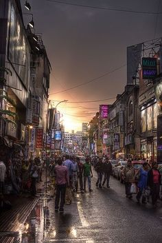 Sunset on Commercial Street, Bangalore, India - one place I really enjoy shopping at every time I go.