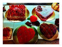 Love your #Lisbon Cakes for Poison d'Amour.