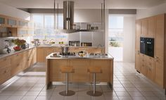 Play by Scavolini. The model offers mat laminate doors,  especially Oak in the two shades, light or dark, for the  sophisticated compositions and combinations very fashionable today. #kitchen