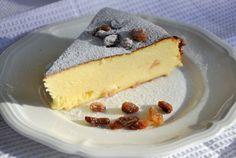 Retete Culinare - Запеканка -placinta ruseasca cu branza French Desserts, Fun Desserts, Delicious Desserts, Easter Pie, Romanian Food, Romanian Recipes, Good Food, Yummy Food, Cheesecake Cupcakes