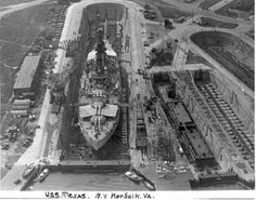 The World's Best Photos of usnavy and usstexas Pearl Harbour Attack, Navy Coast Guard, Uss Texas, Us Battleships, Naval History, Air And Space Museum, Navy Military, Big Guns, United States Navy