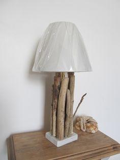 Grande lampe de salon en bois flotté1