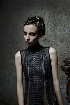 Myriads of tiny braids makes for a futuristic feel. Giger's Goddess by Haute Macabre