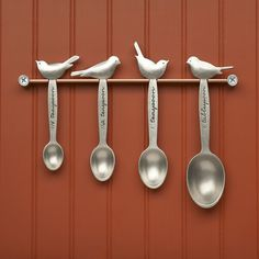 Beehive Kitchenware, on sale on Fab.com. Cutest measuring spoons ever!