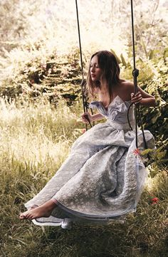Alycia Debham in Vogue Australia May 2016 (photography: Nicole Bentley, styling: Meg Gray) via www.fashionedbylove.co.uk british fashion blog