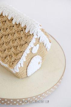 Crochet Gingerbread House by airali - besenseless.blogspot.com