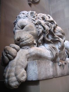 Lion sculpture, Chatsworth. Love this statue every time I see it!