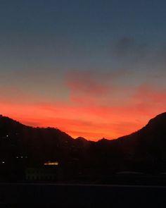 "mb68 su Instagram: ""#sundaymornings #goodmorning #sunrise"""