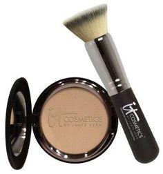 It Cosmetics Buffing Foundation Brush  Celebration Foundation.