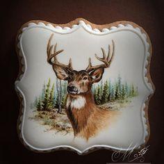 I have finished the deer.The idea is not mine. #deer#handpainted #wildlifeart #vadallat #szarvas #forestanimals #woodland #forest #landscape#instagram #instagood #art #erdő #mezesmanna #mezeskalacs #icingcookies #gingerbread #foodart #festes #artcookies