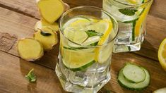 Cucumber Juice To Melt Belly Fat Rapidly Melt away even the most persistent belly fat with this cucumber drink. This easy to make drink will show results in a short span if consumed regularly. Cucumber Drink, Cucumber Water, Lemon Water, Coconut Water, Fresh Water, Detox Drinks, Healthy Drinks, Healthy Recipes, Detox Smoothies