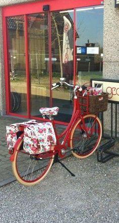 Basil bike accessories