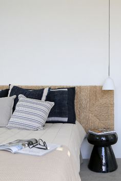 A SUMMER HOME ON THE GREEK ISLAND OF SYROS (style-files.com)