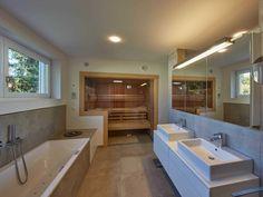 ▷ Designhaus Kubus – Theodor Roreger with sauna in the Designhaus Kubus by Theodor Roreger GmbH Saunas, Spa Rooms, Bathroom Spa, Bathroom Ideas, Villa, Best Bath, Modern House Design, Corner Bathtub, Interior Decorating