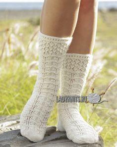 """Вязаные спицами красивые ажурные носки """"Весенний снег"""""""