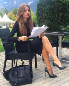 NSFW - I love womens legs. Even more so when she is wearing nylon of some type with high heels. Pantyhose, stockings, tights, they all make a woman's legs look and feel the best. Business Outfits, Office Outfits, Work Outfits, Business Attire, Heels Outfits, High Heels Outfit, Shoes Heels, Work Fashion, Fashion Outfits
