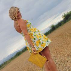 New post up, lemon dress #angycloset #moda #tendencias #blog #blogger #blogdemodalogroño #fashion #fashionblogger #outfit #outfit4you #outfitdeldia #outfitoftheday #style #streetstyle #streetstyledeluxe #stylelogroño #hellochicisimas #searchstyle @zaraofficial http://www.angycloset.com/2015/09/lemon-dress.html?m=0