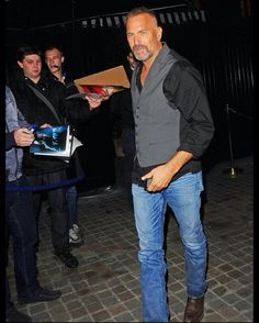 Kevin Costner to London October 2014