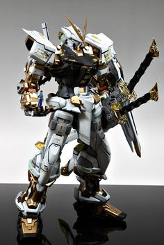 GUNDAM GUY: PG 1/60 MBF-P02 Gundam Astray [Gold Frame] - Customized Build