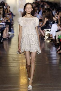 Jill Stuart Spring 2006 Ready-to-Wear Fashion Show - Ekaterina