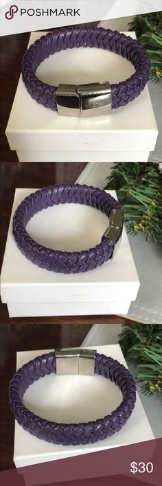 Leather bracelet💜SALE Purple leather bracelet with magnetic stainless steel clasp. EUC. Size 7-71/2 Jewelry Bracelets