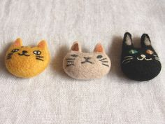 Cute! Could sew with felt and embroider...