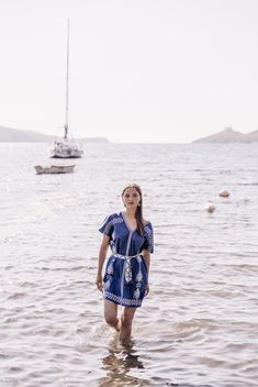 Niso, the Greek sea nymph who loved the creation and beauty of greek islands, is revived through the modern brand for women's clothes and accessories by unique fabrics. Greek Sea, Clothes For Women, Unique, Fabric, Beauty, Collection, Fashion, Outerwear Women, Tejido