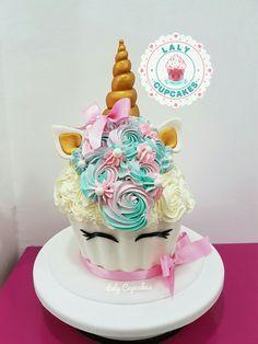 Cupcake gigante de unicornio #LalyCupcakes #Unicornio