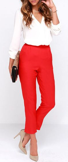 stylish work outfits with red pants - Women work outfits Chic Red Pants – High Waisted Pants – Red Trousers Image source Best Casual Outfits, Stylish Work Outfits, Spring Work Outfits, Business Casual Outfits, Office Outfits, Work Casual, Casual Office, Office Attire, Red Outfits