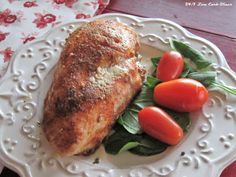 Chicken is just so versatile. Love what you can do with a nice breast of chicken? This one is so good, yet very simple. A nice spice . Low Carb Chicken Recipes, Low Carb Recipes, Beef Recipes, Low Carb Keto, Angel Dust, Cookies Et Biscuits, Entrees, A Food, Meals