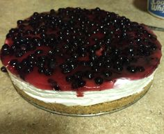 This creamy no-bake cheesecake with a graham cracker crust and sweet huckleberry topping will be wiped out by your guests in minutes. Whip Cheesecake, Cheesecake Toppings, Cheesecake Recipes, Dessert Recipes, Huckleberry Cheesecake, Huckleberry Recipes, Graham Cracker Crust, Graham Crackers, Kitchens