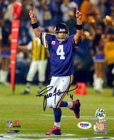 Brett Favre Autographed 8x10 Photo Minnesota Vikings PSA/DNA..