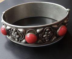 vintage art deco retro coral glass cabochon flower silver t bangle bracelet D370