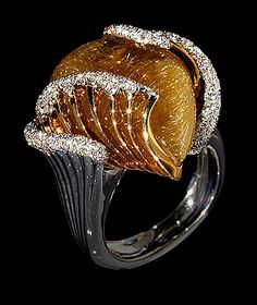 """Mousson Atelier Wind Collection Ring of Wind 750 White gold, yellow gold 750, quartz, """"hair-worm"""" 25.36 ct., Diamonds"""