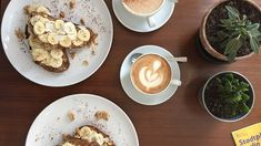 Lose yourself in Berlin's booming coffee culture with this guide to the city's best cafés, roasters and third-wave coffee shops. Cosy Cafe, Coffee Culture, Small Cafe, Dinner For Two, Vegan Dishes, Coffee Shop, Berlin, Bakery, Brunch