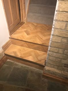 Lovely Karndean flooring installed onto steps. Karndean Flooring, Amtico, Luxury Vinyl Tile, Vinyl Tiles, Living Spaces, Kitchen, Cuisine, Kitchens, Stove